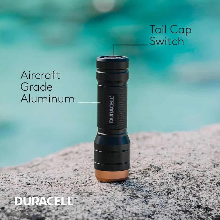 Features of the 250 Lumen Aluminum Flashlight